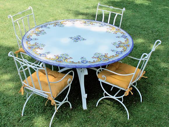 Tavoli Di Pietra Da Giardino.Piani In Pietra Lavica Tondi Piani Per Basi Da Esterno Arte E Stile
