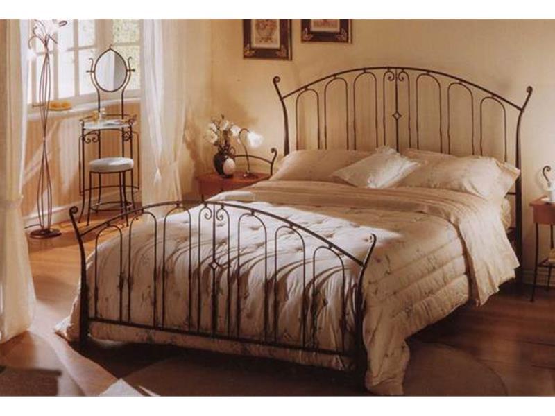 Letto ibisco matrimoniale letti in ferro battuto arte e - Pediera del letto ...
