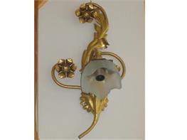 Lampadari in ferro battuto arte e stile